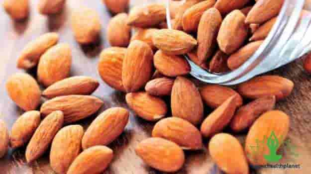 8 Reasons why Almond is good for you